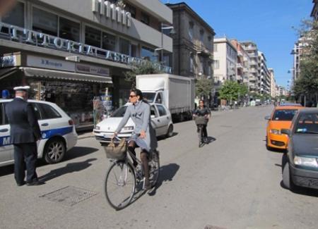Chiusura al traffico, tanti cittadini in bicicletta
